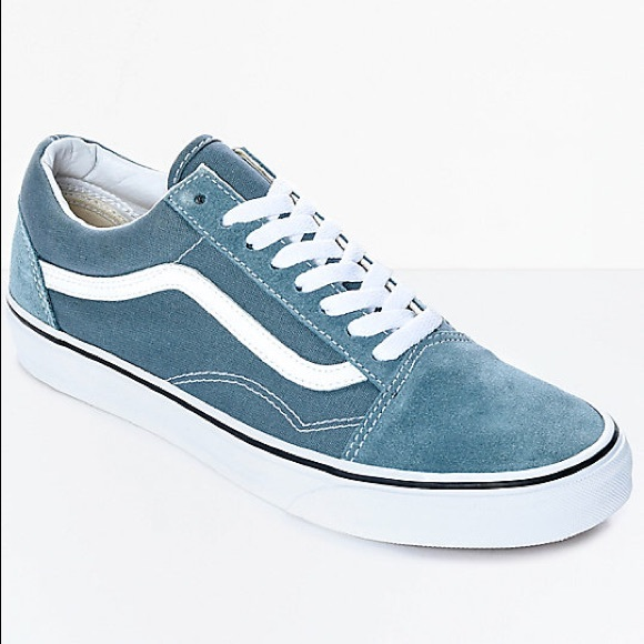 f37df2923282 Vans Old Skool Goblin Blue   White Skate Shoes. M 5bf5d03e12cd4a1195735374